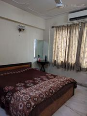 Well-furnished Ladies/Girls paying guest on Ballygunge Circular Road